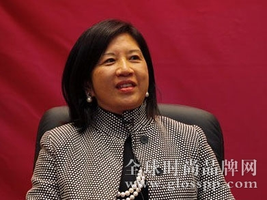 资讯生活杨敏德:借助新兴科技促进纺织服装产业转型升级
